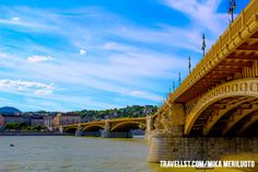 Budapest by Travellst.com