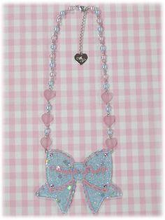ap_necklace_throbbingribbon_color2.jpg