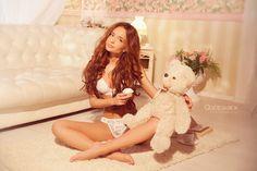 HOTWOMEN4US: From Russia with Love: Meet Ekaterina Zueva (IX)