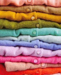 A cardigan in every color? On a cardigan kick Looks Style, Style Me, Classy Style, Preppy Style, Sweater Weather, What's My Favorite Color, Favorite Things, The Cardigans, Rosa Rose