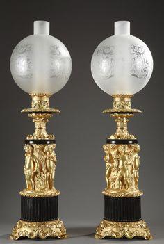Paire de lampes à pétrole en bronze doré à décor de putti et quatre saisons - 1326