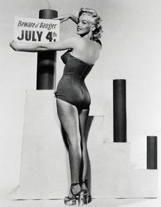 #marilyn monroe #black and white #vintage
