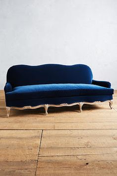 Add a luxurious velvet touch to your living room with the Velvet Claribel Sofa.