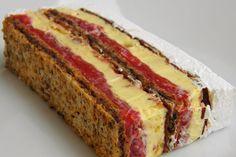 Pogledajte recept za posnu kapri tortu i… Sweet Desserts, Sweet Recipes, Delicious Desserts, Baking Recipes, Cake Recipes, Dessert Recipes, Torta Recipe, Strawberry Cream Cakes, Kolaci I Torte