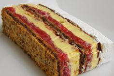 Pogledajte recept za posnu kapri tortu i… Torte Recepti, Kolaci I Torte, Sweet Desserts, Sweet Recipes, Delicious Desserts, Baking Recipes, Cookie Recipes, Dessert Recipes, Brze Torte