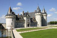 Patrimoine culturel - Châteaux - Château de Sully-sur-Loire SULLY-SUR-LOIRE - Vos vacances en Loiret Val de Loire près de Paris