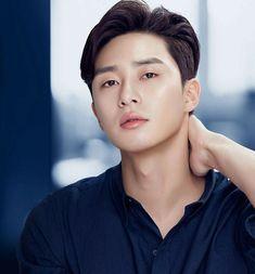 Park Seo Joon ( O que houve com a secretária Kim) Asian Actors, Korean Actors, Korean Idols, K Park, Joon Park, Dramas, Hot Asian Men, Seo Kang Joon, Korean Star