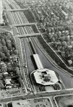 By designing cities for cars we end up with huge expressways that cleave and segregate them Toronto Star, Toronto Canada, Underground Tube, History Pics, Landscape Photos, Aerial View, Old Pictures, Curiosity, Ontario