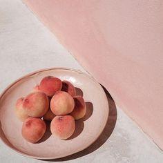 Peachy #atpatelier #atpateliertravels #peaches
