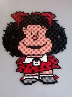 Hama beads midi. Mafalda