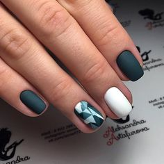 This is incredibly stylish manicure. The modern women of fashion make it. The ideal combination of a color and the matte effect looks gorgeous. Varnish your nails in a dark green hue. First of all make them of middle length. Draw a geometrical pattern like a triangle on the nail of the ring finger. …