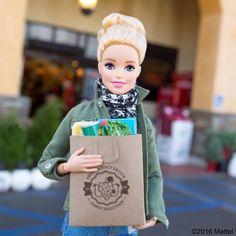 54.1 тыс. отметок «Нравится», 156 комментариев — Barbie® (@barbiestyle) в Instagram: «Final grocery run! Happy Thanksgiving to all!  #barbie #barbiestyle»