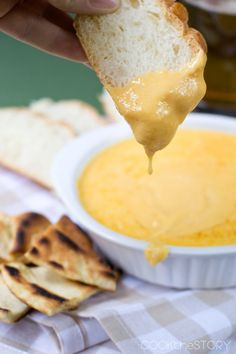 This Hot Beer Cheese Dip is quick and easy to make. Its perfect for game day or anytime you need a cheesy snack. Learn how to make this easy beer cheese dip. It's hot and ooey gooey in minutes and uses ingredients you probably already have at home. Hot Cheese Dips, Beer Cheese Sauce, Cheese Dip Recipes, Cheese Snacks, Quick Cheese Dip Recipe, Beer Cheese Pretzel Dip, Sauce Recipes, Bread Recipes, Beer Dip