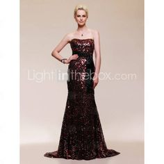 Trumpet/ Mermaid Strapless Court Train Sequined Evening Dress