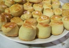 See related links to what you are looking for. Dacquoise, Biscuit Recipe, Winter Food, Pretzel Bites, Mini Cupcakes, Cake Cookies, Quick Easy Meals, Cake Recipes, Biscuits