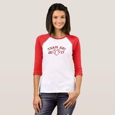 Flamingo T-Shirt - custom diy cyo personalize idea T-shirt Raglan, Manga Raglan, Pullover, T Shirt Custom, T Shirt Diy, Design T Shirt, T Shirt Designs, Hoodie Sweatshirts, Tee Shirts