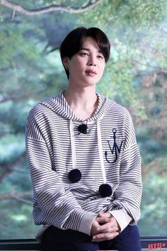 Jimin Run, Run Bts, Park Ji Min, Foto Jimin, Jung Kook, Bts Photo, Korean Singer, Boy Bands, Running