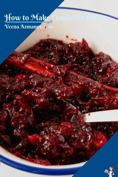 This cranberry sauce gets ready in just 20 minutes and is the perfect accompaniment to any roast turkey, chicken, or pork. You can make it ahead of time with fresh or frozen cranberries. Serve it for dinner, or with leftover sandwiches later #cranberrysauce #cranberry #cranberries #sauce #condiments #sidewithroast #sideofroast #sauceforchicken #cranberrywithturkey