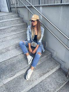 All Jeans, Poses, Street Style, Fashion, Teen Fashion, Shots Ideas, Outfits, Figure Poses, Moda