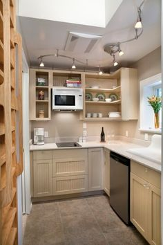 Garage Converted into 340 Sq. Ft Cottage 004