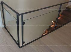 Glass Balcony Railing, Balcony Railing Design, Home Stairs Design, Open Stairs, Metal Stairs, Metal Railings, Glass Handrail, Staircase Handrail, Garde Corps Design