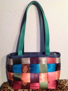 Harveys Seatbelt-Bag Purse - Rare Paint-by-Numbers Tote Limited Edition Rare EUC