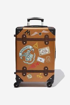 Harry Potter Suitcase, Harry Potter Room, Hogwarts, Slytherin, Kelly Wearstler, Typo Vintage, Best Suitcases, Suitcase Set, Josephine