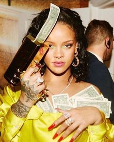 Fenty Beauty by Rihanna Mode Rihanna, Rihanna Riri, Rihanna Style, Rihanna Meme, Rihanna Quotes, Rihanna Music, Boujee Aesthetic, Black Girl Aesthetic, Aesthetic Collage