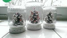 umělý sníh (Kika), šiška, stužky bílé, zavařovací sklenice, korálky