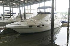 2000 Sealine F44 Flybridge boat for sale