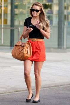 coral skirt.basic & fashionable. Love it