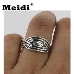 Wakanda King Ring for Women Men Metal Black Panther Wakanda T'Challa Rings Man Cosplay Jewelry for Party Gifts Hot Sale  Price: 9.95 & FREE Shipping King Ring, Male Cosplay, Black Panther, Party Gifts, Rings For Men, Silver Rings, Free Shipping, Metal, Hot