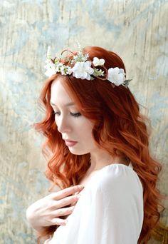 Woodland bridal hair wreath white flower crown by gardensofwhimsy