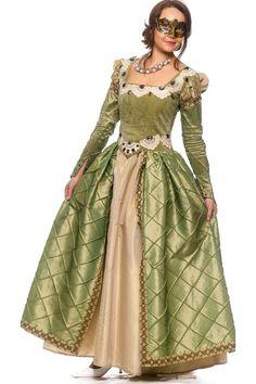 Принцесав зеленому | Princess in green  #princess #dress #ball #Queensandladies #Princessingreen