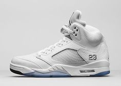 Retail - Nike Air Jordan 5 Retro 'Metallic Silver'
