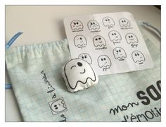 Un sac d'émotions... Kids And Parenting, Phone Cases, Children, Blog, Crafts, Cabinet, Early Years Education, Baby Sewing, World