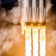 SpaceX Falcon Heavy Launch by Brady Kenniston Elon Musk, Michigan, Spacex Falcon Heavy, Spacex Launch, Nasa Space Program, Space Rocket, Space And Astronomy, Space Shuttle, Space Travel