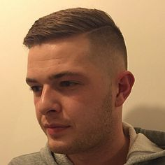 Danny going for something new 💈✂️ Buzz Cut Hairstyles, Cool Hairstyles For Men, Cool Haircuts, Haircuts For Men, Crew Cut Hair, Short Hair Cuts, Short Hair Styles, Disconnected Haircut, Flat Top Haircut