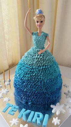 Frozen themed barbie cake