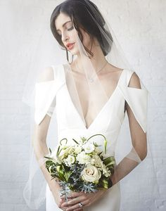 Wedding Dress Designers & Inspiration : Urban Bridal Styled Shoot Where Vintage Meets Modern Minimal Wedding Dress, Perfect Wedding Dress, Chic Wedding, Wedding Styles, Wedding Ideas, Bling Wedding, Wedding Flowers, Wedding Inspiration, Designer Wedding Dresses
