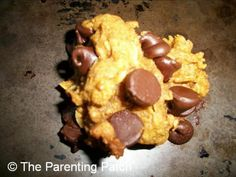 Peanut Butter Pumpkin Chocolate Chip Lactation Cookies Recipe - Recipes to Try: Sweets & Treats - Lactation Cookies Recipe Peanut Butter, Healthy Lactation Cookies, Lactation Recipes, Pumpkin Chocolate Chip Cookies, Oat Cookies, Baby Food Recipes, Cookie Recipes, Milk Recipes, Breastmilk Cookies
