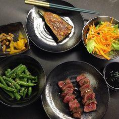 Japanese feast for Tuesday dinner. Kangaroo tataki miso eggplant & smashed sesame green beans. Light & fresh dinner for a stinking hot night. #foodstagram #foodporn #japanesefood #kangaroo #tataki #melbournefood #melbournefoodie #ig_melbourne #igersmelbourne by rirv