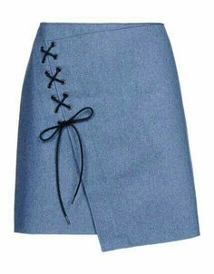 Vanessa Bruno Knee Length Skirt - Vanessa Bruno Skirts Women For a too tight skirt let it hang and add eye distracting decoration. Manequin, Cute Skirts, Skirt Outfits, Dressmaking, Diy Clothes, Sewing Patterns, Fashion Dresses, Fabric, Fashion Design