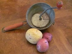 What is the difference between Russet, Yukon Gold, vs. Red Potatoes? Which is best to use for potato salad, mashed potatoes, etc.?