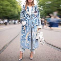 Floral Pattern Printed Long Sleeve Coat - ootdmw.com Coatdress, Langer Mantel, Moda Casual, Vintage Coat, Mode Inspiration, Pattern Fashion, Fashion Prints, Types Of Sleeves, Coats For Women