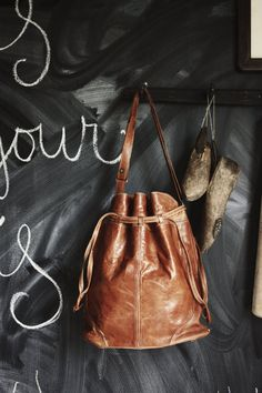 Brown Leather Bag - Perfect for an everyday Outfit
