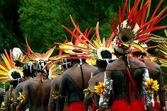 Dance performance by Assurini Indians, Para, Brazil | © Edmar Melo, via Flickr