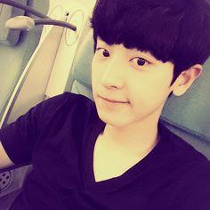 "Chanyeol - ""후쿠오카에서봐용여러분~~~~~""   141110 real__pcy Instagram Update"