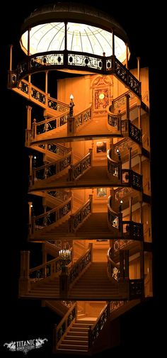 The levels of the Grand Staircase on board the Titanic. Rms Titanic, Titanic Photos, Titanic History, Titanic Movie, Ancient History, Titanic Wreck, Mystery Of History, Stairway To Heaven, Grand Staircase
