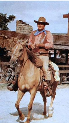 "John Wayne ""The War Wagon"" with John Wayne, Kirk Douglas One of the best westerns ever! John Wayne Quotes, John Wayne Movies, Old Movies, Great Movies, Cowboy Films, Wayne Family, Mejores Series Tv, Cowboy Pictures, The Lone Ranger"